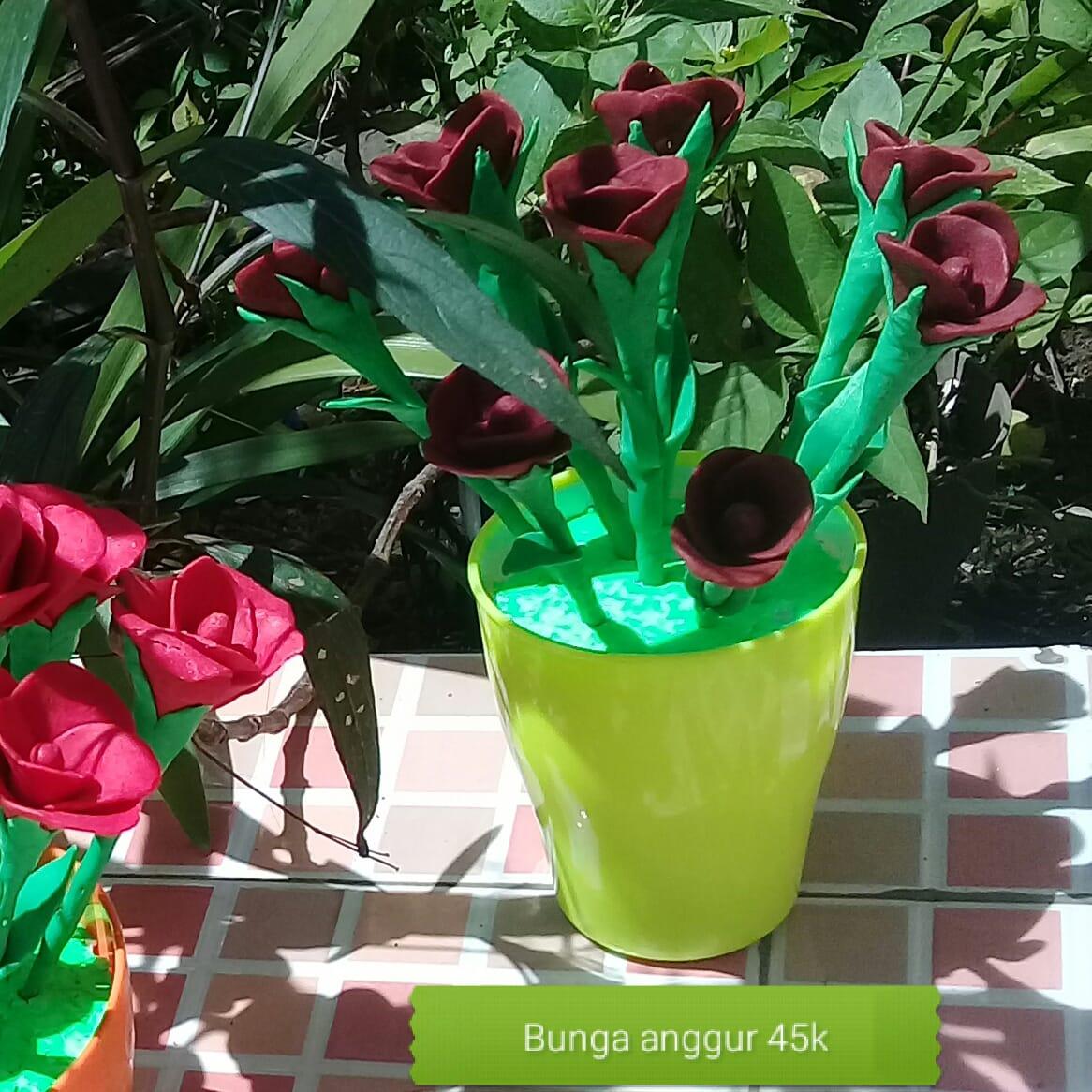 Bunga sabun maroon aroma anggur