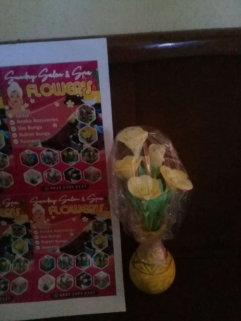 Bunga Sabun Wangi Kuning